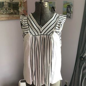 Doe and Rae spring top